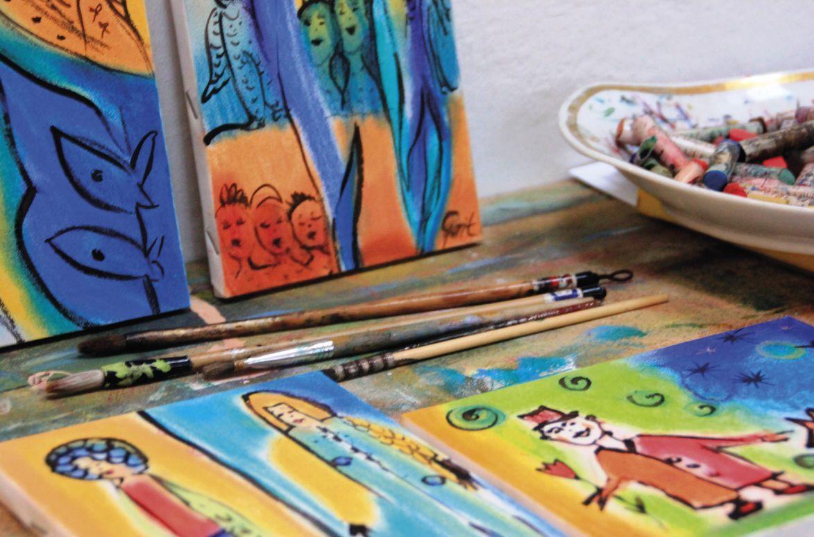 Vorbereiteter Arbeitsplatz im Atelier. Foto: Grit Wuttke