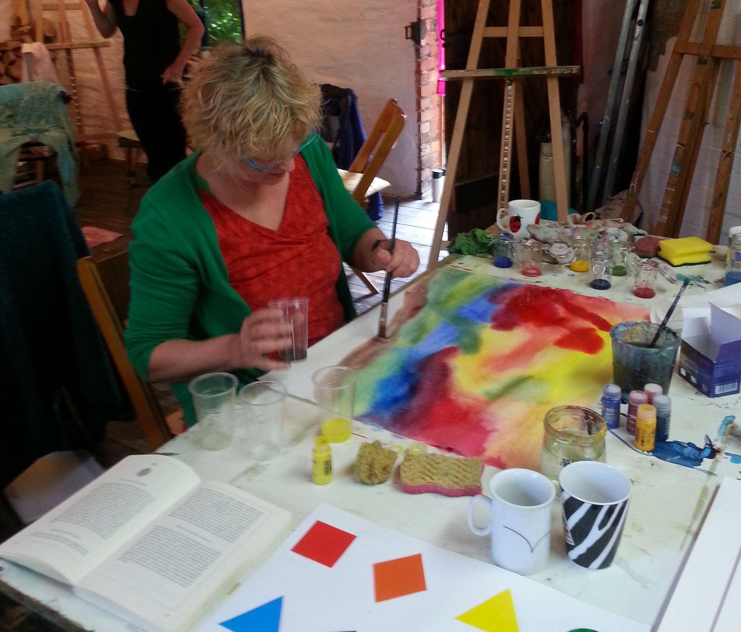 Freude an Farben, Formen und gestaltenden Prozessen. Foto: Grit Wuttke